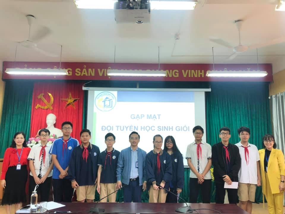 Gặp mặt đội tuyển học sinh giỏi cấp quận năm học 2020-2021