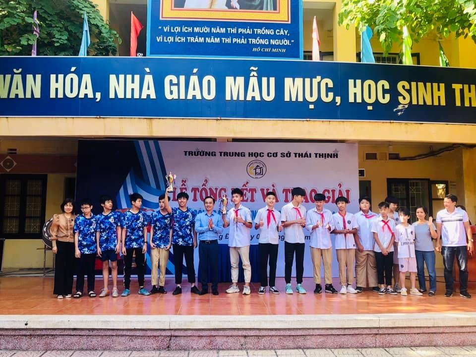 Lễ tổng kết và trao giải bóng đá chào mừng ngày Nhà giáo Việt Nam 20/11